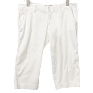 Abercrombie & Fitch Size 8 White Capris